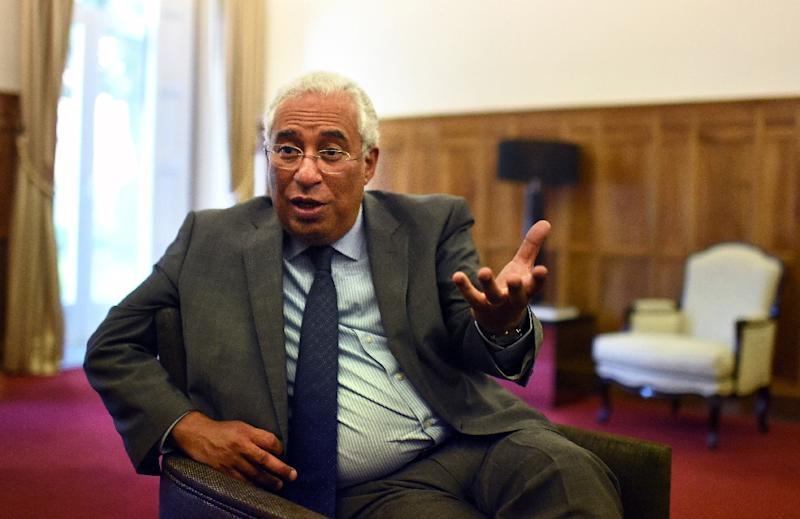 Antonio Costa, Secretary General of the Socialist Party, speaks during an interview with Agence France-Presse at the party's headquarters in Lisbon on October 13, 2015 (AFP Photo/Francisco Leong)