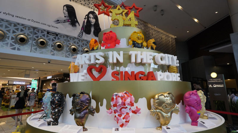 Arts In The City SINGA lion mascots. (PHOTO: Raffles City Singapore)