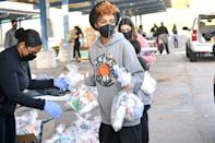 <p>Janelle Monáe took part in the #Wondalunch Food Giveaway in Los Angeles.</p>