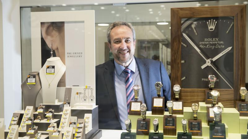 Ramsdens profits buoyed by 'strong' Christmas trading