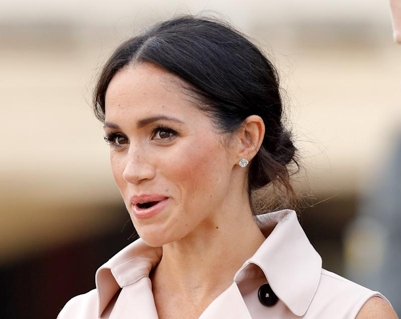 Meghan Markle Was Not Photographed Picking Up After Her Dog, a Kensington Palace Rep Confirms