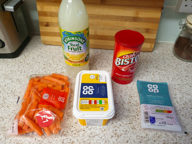 The five items that Finn and Tina Teigen received in their £50 food shop from Co-op. (SWNS)