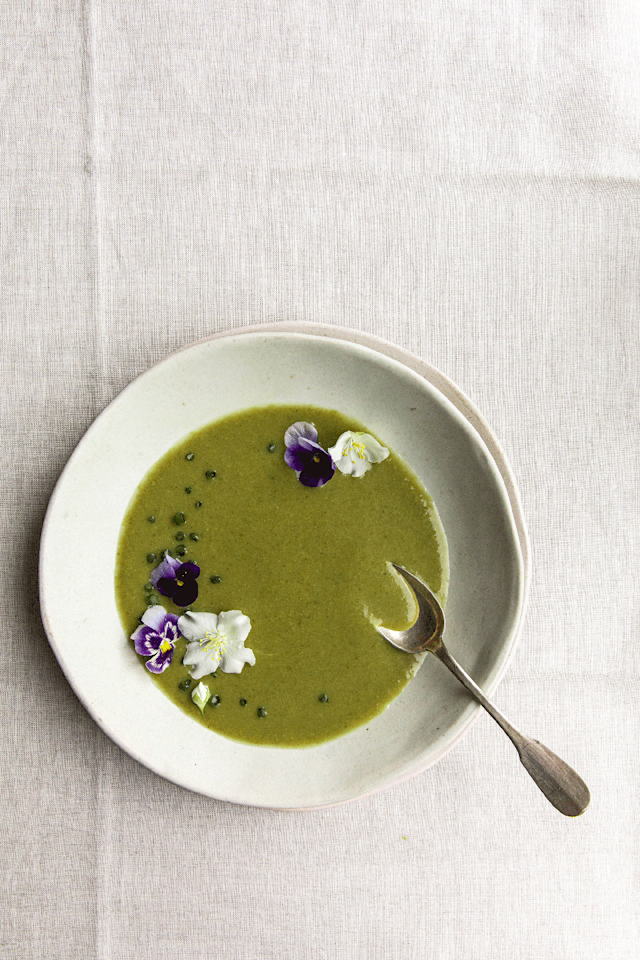 "<p>This <a href=""https://www.delish.com/uk/cooking/recipes/g30700699/kale-recipes/"" target=""_blank"">kale</a> soup is green, <a href=""https://www.delish.com/uk/cooking/recipes/g29869350/healthy-soup-recipes/"" target=""_blank"">healthy</a> and downright delicious - plus it's 100% creamy and 100% <a href=""https://www.delish.com/uk/cooking/recipes/g29843223/healthy-vegan-recipes/"" target=""_blank"">vegan</a>! <a href=""https://www.delish.com/uk/cooking/recipes/a30165274/easy-coconut-curry-chicken-recipe/"" target=""_blank"">Coconut milk</a> gives this <a href=""https://www.delish.com/uk/cooking/recipes/g33443935/best-soup-recipes/"" target=""_blank"">soup</a> a boost of flavour and its creamy texture. Plus it's packed with all your super greens making it satisfying and soul-warming. </p><p>Get the <a href=""https://www.delish.com/uk/cooking/recipes/a33583283/kale-soup/"" target=""_blank"">Kale Soup</a> recipe.</p>"