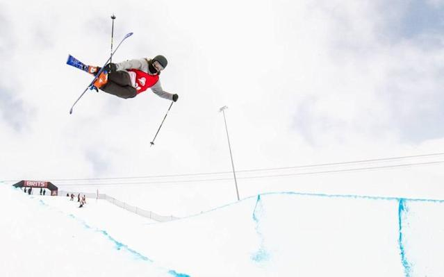 GB Park and Pipe skier Molly Summerhayes is calling on the public to help her reach the Olympics - Bluebird Photography