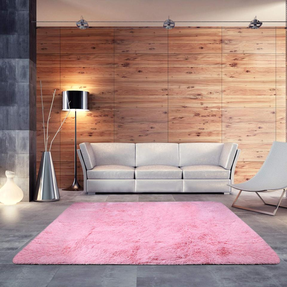 """<a href=""""https://www.amazon.com/dp/B073B6KB1H/"""" rel=""""nofollow noopener"""" target=""""_blank"""" data-ylk=""""slk:BlueSnail Ultra Soft Shag Rug"""" class=""""link rapid-noclick-resp""""><h3>BlueSnail Ultra Soft Shag Rug</h3></a><br>Perfect for someone with a bold sense of style, or to suit the colorful palette of your nursery or kid's room. And for under $30, why not try something new?<br><br><strong>BlueSnail</strong> Ultra Soft Modern Shag Area Rug, $, available at <a href=""""https://www.amazon.com/dp/B073B6KB1H/"""" rel=""""nofollow noopener"""" target=""""_blank"""" data-ylk=""""slk:Amazon"""" class=""""link rapid-noclick-resp"""">Amazon</a>"""