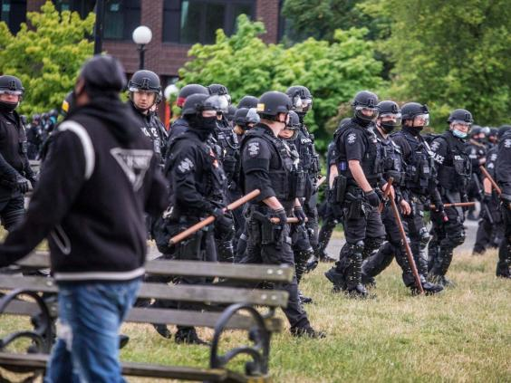 Officers armed with sticks clear Seattle's Cal Anderson Park (AP)