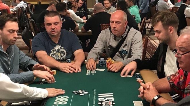 Mario Basler ist bei der World Series of Poker in Las Vegas am Start