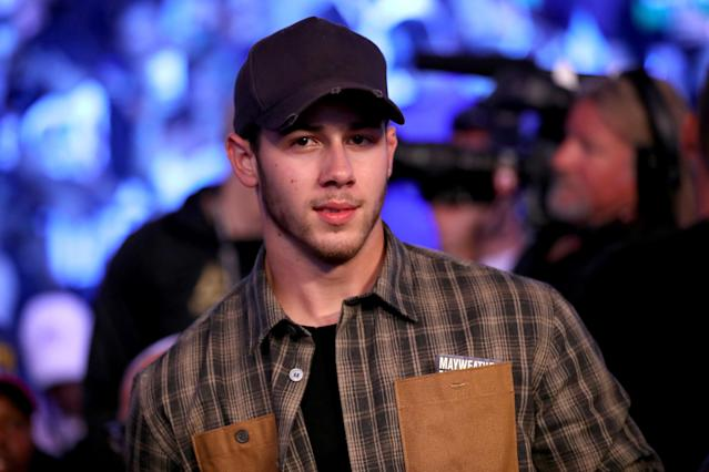 <p>Recording artist Nick Jonas attends the super welterweight boxing match between Floyd Mayweather Jr. and Conor McGregor on August 26, 2017 at T-Mobile Arena in Las Vegas, Nevada. (Photo by Christian Petersen/Getty Images) </p>