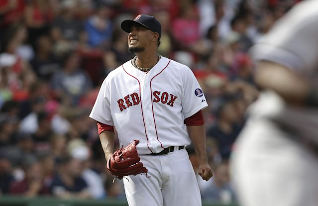 Boston Red Sox starting pitcher Felix Doubront reacts after giving up an RBI single to Chicago White Sox's Conor Gillaspie in the fourth inning of a baseball game at Fenway Park, in Boston, Sunday, Sept. 1, 2013. (AP Photo/Steven Senne)