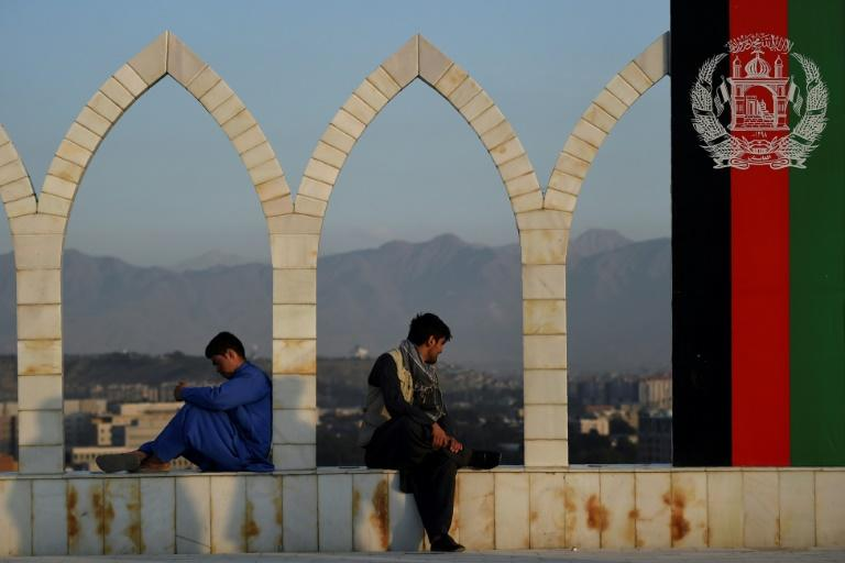 Afghan govt negotiators leave for peace talks with Taliban