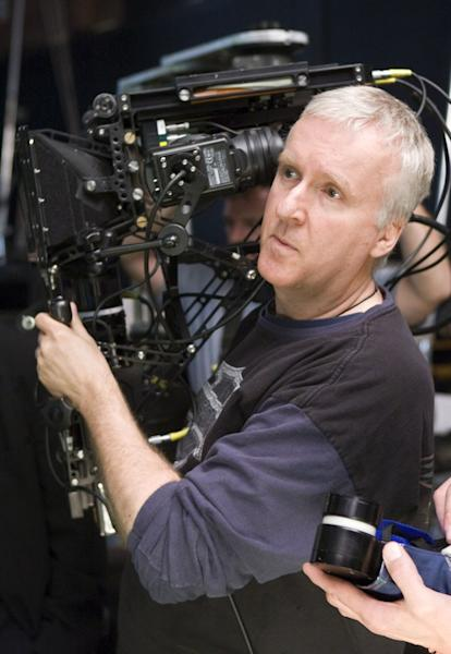 "Director <a href=""http://movies.yahoo.com/movie/contributor/1800012402"">James Cameron</a> on the set of 20th Century Fox's <a href=""http://movies.yahoo.com/movie/1809804784/info"">Avatar</a> - 2009"