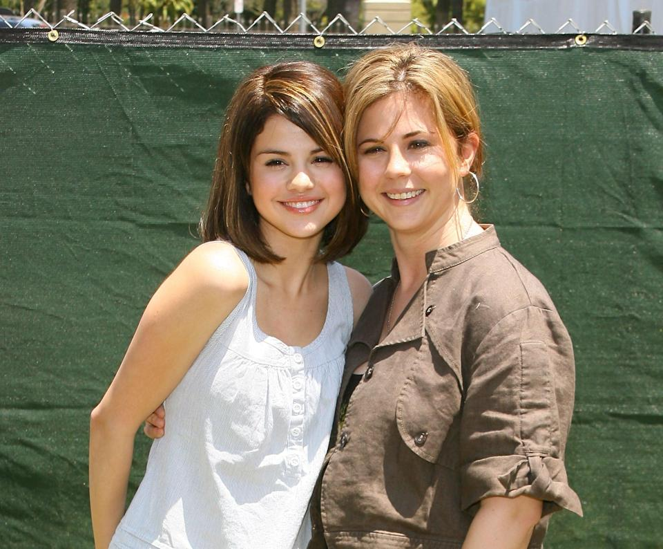 <p>She posed with her mom, Mandy Teefey, at an LA charity carnival.</p>
