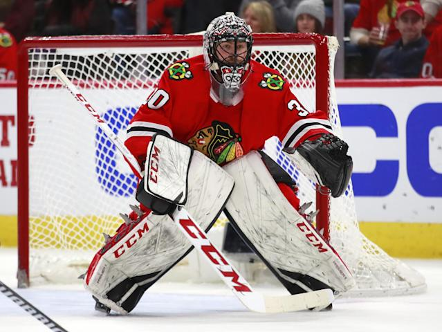 "<a class=""link rapid-noclick-resp"" href=""/nhl/teams/chi/"" data-ylk=""slk:Chicago Blackhawks"">Chicago Blackhawks</a> goaltender Jeff Glass could provide value with <a class=""link rapid-noclick-resp"" href=""/nhl/players/3390/"" data-ylk=""slk:Corey Crawford"">Corey Crawford</a> looking at a long-term absence due to vertigo. (AP Photo/Jeff Haynes)"