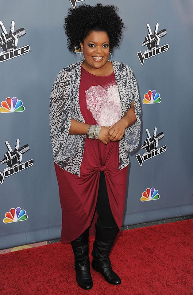 "Yvette Nicole Brown arrives at the screening of NBC's ""The Voice"" Season 4 at TCL Chinese Theatre on March 20, 2013 in Hollywood, California."