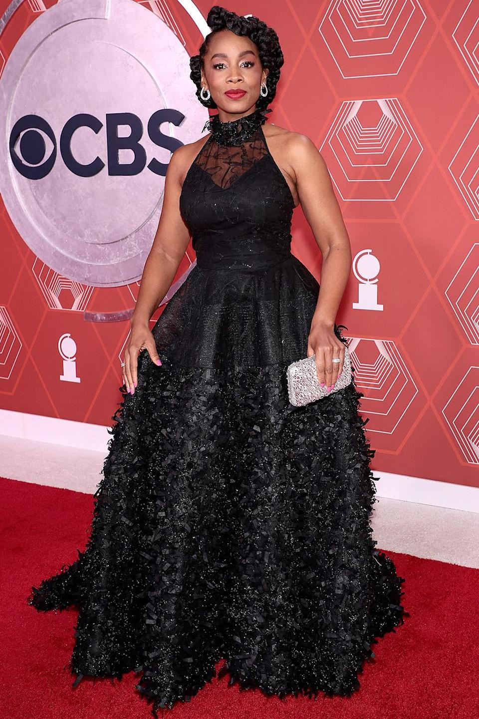 """<p>Anika Noni Rose looked glam in a a black ball gown ahead of her performance on """"Move On"""" from <em>Sunday in the Park with George </em>alongside Ben Platt. </p>"""
