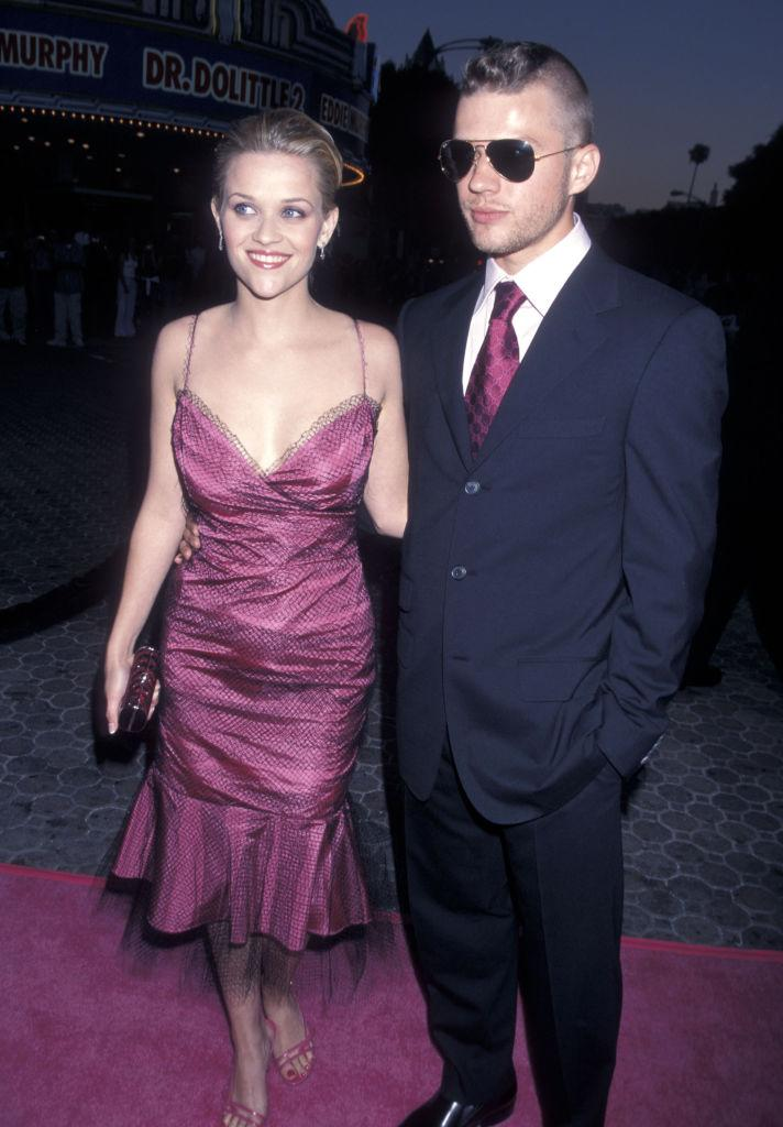 """Reese Witherspoon and Ryan Phillippe attend the """"Legally Blonde"""" premiere in Los Angeles. (Photo: Ron Galella/Getty Images)"""