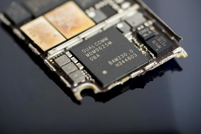 Qualcomm Puts Value of Patents on Line in Apple Jury Trial