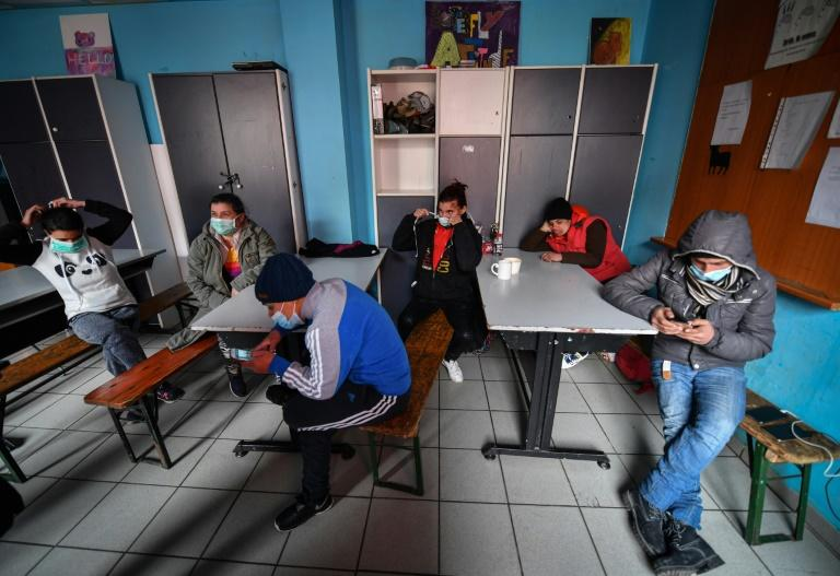 Only the Parada foundation in Bucharest, which offers hot meals and the opportunity to shower, has refused to close its doors