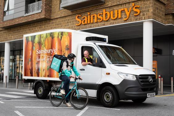 Sainbury's and Deliveroo team up to offer hot takeaways, sweets and dips (Sainbury's)