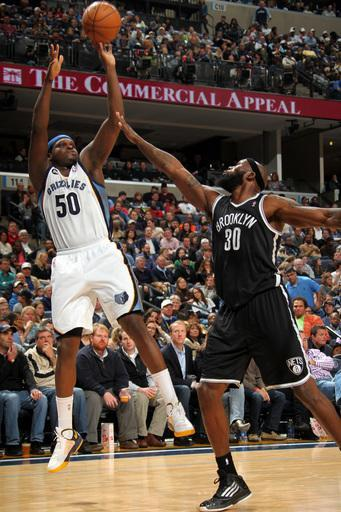 MEMPHIS, TN - JANUARY 25: Zach Randolph #50 of the Memphis Grizzlies shoots against Reggie Evans #30 of the Brooklyn Nets on January 25, 2013 at FedExForum in Memphis, Tennessee. (Photo by Joe Murphy/NBAE via Getty Images)