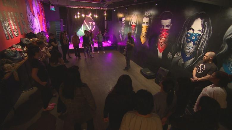 Women can learn to 'crash, smash and dash' for free in Little Italy bar