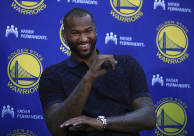 "<a class=""link rapid-noclick-resp"" href=""/nba/players/4720/"" data-ylk=""slk:DeMarcus Cousins"">DeMarcus Cousins</a> responded to a heckling fan with a smile. (AP Photo)"