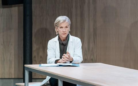 Juliet Stevenson in The Doctor - Credit: Manuel Harlan