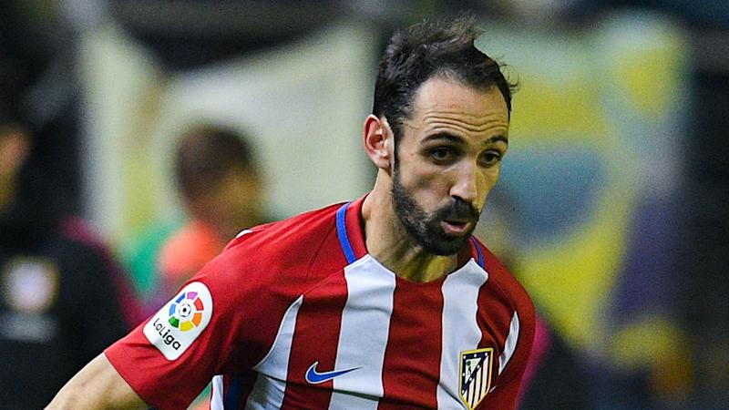 Juanfran expected to miss Bayer Leverkusen, Barcelona matches