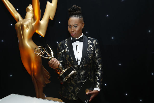 Lena Waithe poses with her Emmy (Photo: Eric Jamison/Invision for the Television Academy/AP Images)