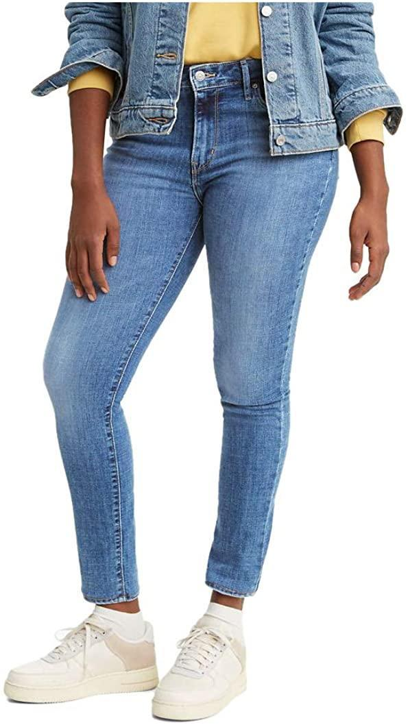 "<h3>Ooo, Fashion Deals...</h3> <br><h2>43% Off Levi's 721 High Rise Skinny Jeans</h2><br>With over 11,000 reviews and a 4.5-out-of-5-star rating, this bestselling pair of Levi's is loved by reviewers alike due to its comfy feel, figure-flattering fit, and quality price. <br><br><strong>Levi's</strong> 721 High Rise Skinny Jeans, $, available at <a href=""https://amzn.to/3omS23N"" rel=""nofollow noopener"" target=""_blank"" data-ylk=""slk:Amazon"" class=""link rapid-noclick-resp"">Amazon</a>"