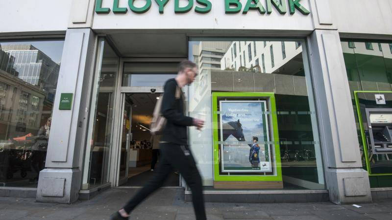 Lloyds lends £1bn to small businesses in 24 hours
