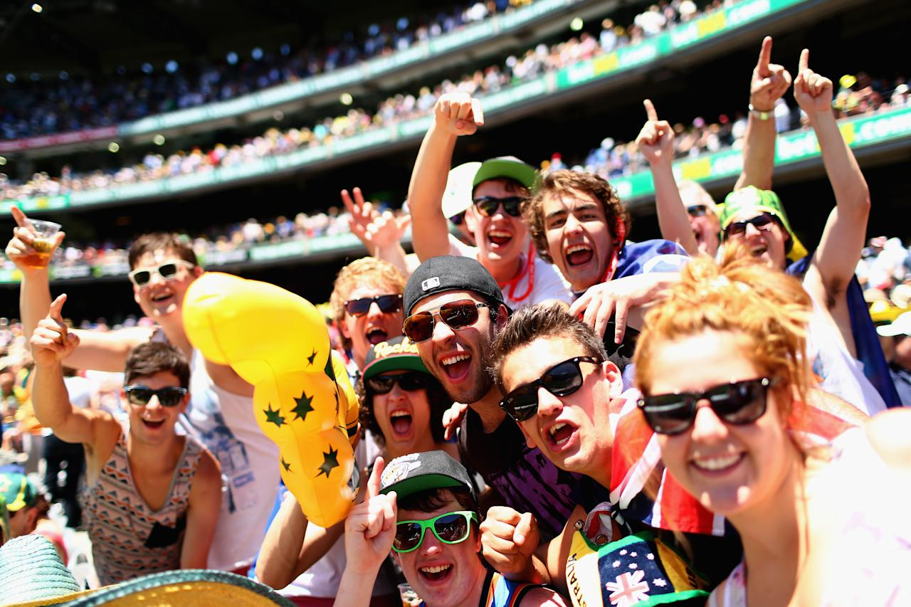 MELBOURNE, AUSTRALIA - DECEMBER 26:  Australian fans cheer during day one of the Second Test match between Australia and Sri Lanka at the Melbourne Cricket Ground on December 26, 2012 in Melbourne, Australia.  (Photo by Ryan Pierse/Getty Images)