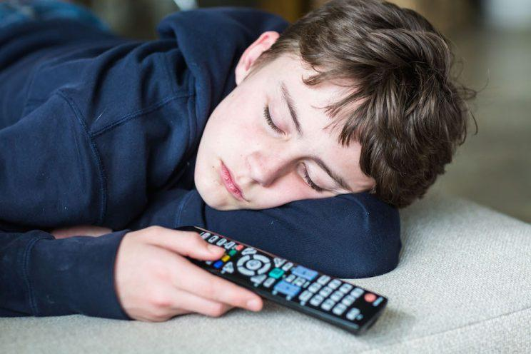 teenagers are lazy Nowadays some teenagers can barely get off the couch to change the television channel 20/20 wanted to find out just how hard hit some parents are with their lazy teenagers.
