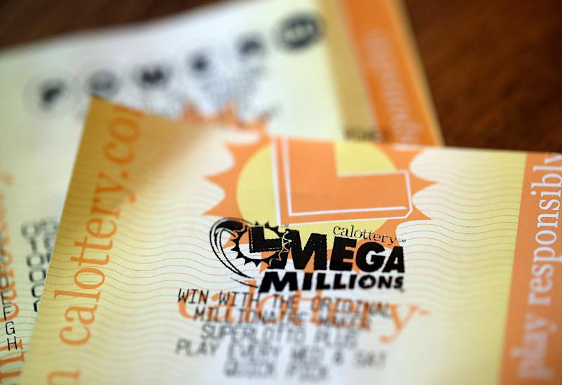 Lottery players hope to win big in huge Mega Millions drawing