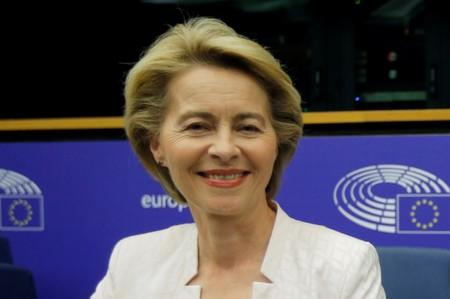 Naming of von der Leyen as EU executive chief not transparent: Juncker