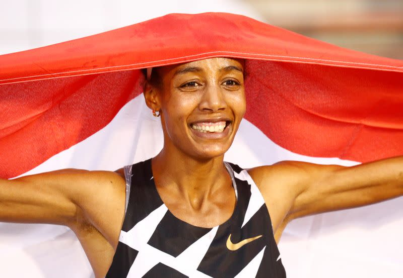 Hassan breaks women's one-hour record by 413 metres
