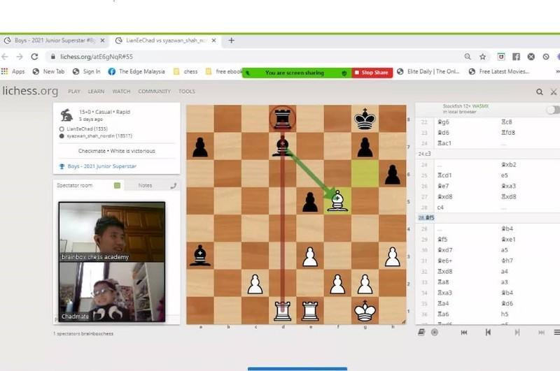 Teh Wee Zhun guiding his students using online applications such as Lichess and with arrows on the online chess board. — Picture courtesy of Teh Wee Zhun