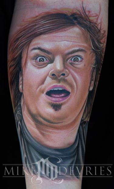 """<div class=""""caption-credit""""> Photo by: Mike Devries/mdtattoos.com</div>""""Can you do a wind-swept Jack Black?"""" Totally. Tattoo artist <a rel=""""nofollow noopener"""" href=""""http://www.mdtattoos.com/"""" target=""""_blank"""" data-ylk=""""slk:Mike Devries"""" class=""""link rapid-noclick-resp"""">Mike Devries</a> can do just about any celebrity. He can even do a <a rel=""""nofollow noopener"""" href=""""http://www.mdtattoos.com/Tattoos/tattoos_63563.html"""" target=""""_blank"""" data-ylk=""""slk:gentleman dog"""" class=""""link rapid-noclick-resp"""">gentleman dog</a> (not a celebrity but should be)."""