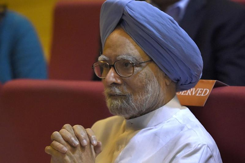 Aggressive Testing Key to Fight Battle Against Covid-19, Says Manmohan Singh