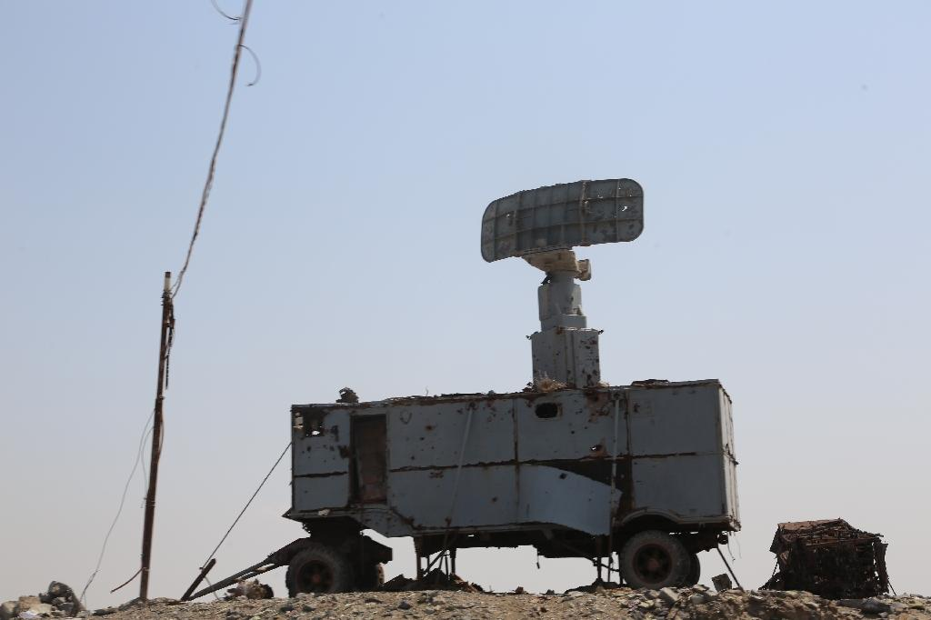 US hits radar sites in Yemen