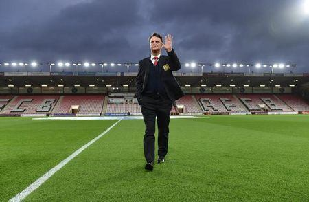 Football Soccer - AFC Bournemouth v Manchester United - Barclays Premier League - Vitality Stadium - 12/12/15 Manchester United manager Louis van Gaal before the match Action Images via Reuters / Tony O'Brien Livepic/File Photo