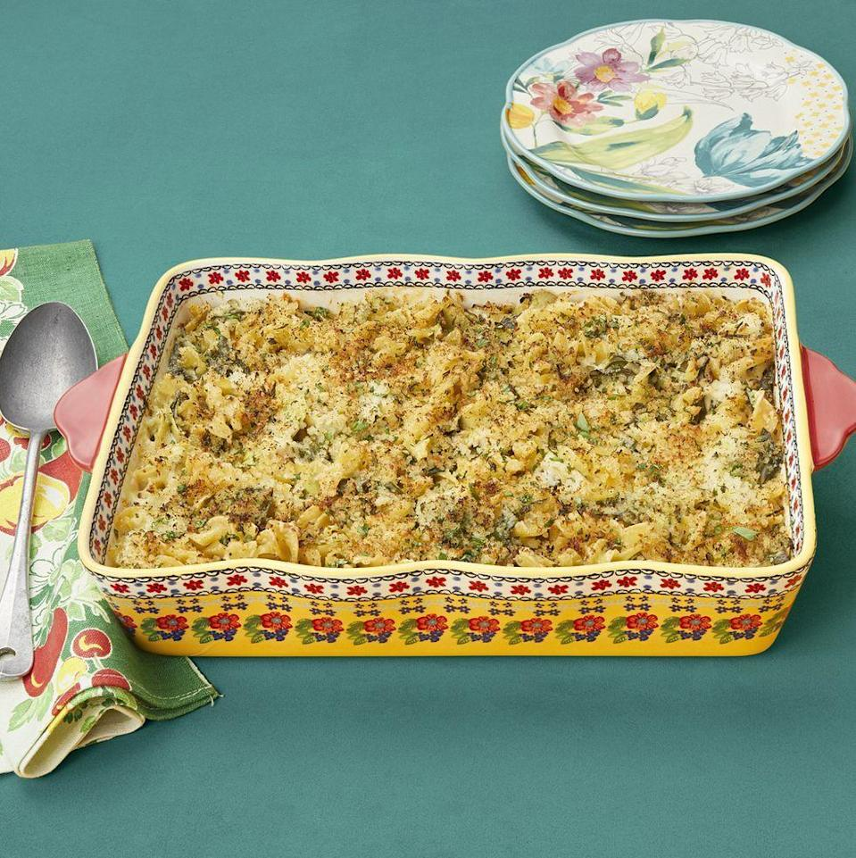 """<p>How can you make a tuna noodle casserole even more comforting? By making this one that has spinach and artichoke added to the mix, of course!</p><p><strong><a href=""""https://www.thepioneerwoman.com/food-cooking/recipes/a34415972/spinach-artichoke-tuna-noodle-casserole/"""" rel=""""nofollow noopener"""" target=""""_blank"""" data-ylk=""""slk:Get the recipe."""" class=""""link rapid-noclick-resp"""">Get the recipe.</a></strong></p><p><strong><a class=""""link rapid-noclick-resp"""" href=""""https://go.redirectingat.com?id=74968X1596630&url=https%3A%2F%2Fwww.walmart.com%2Fbrowse%2Fhome%2Ftools-gadgets%2Fthe-pioneer-woman%2F4044_623679_133020%2FYnJhbmQ6VGhlIFBpb25lZXIgV29tYW4ie&sref=https%3A%2F%2Fwww.thepioneerwoman.com%2Ffood-cooking%2Fmeals-menus%2Fg31929060%2Feasy-casserole-recipes%2F"""" rel=""""nofollow noopener"""" target=""""_blank"""" data-ylk=""""slk:SHOP KITCHEN TOOLS"""">SHOP KITCHEN TOOLS</a><br></strong></p>"""