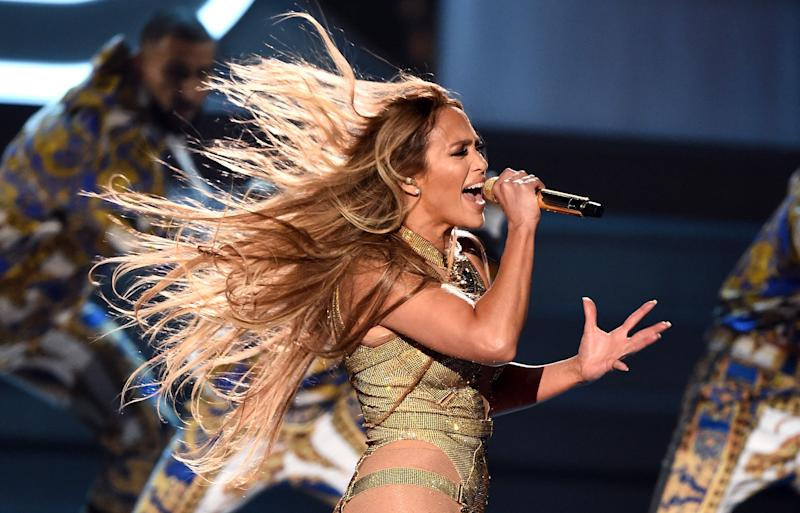 Lopez slayed her performance at the 2018 MTV VMAs. (Photo: Michael Loccisano via Getty Images)