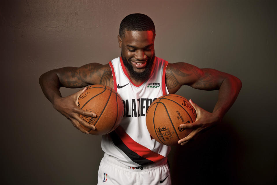 """""""Please don't do that, Keljin Blevins."""" — the Blazers, ostensibly"""