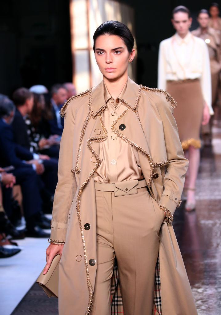 Model Kendall Jenner on the catwalk during the Burberry London Fashion Week SS19 show held at the South London Mail Centre. (Photo: Isabel Infantes/PA Wire)