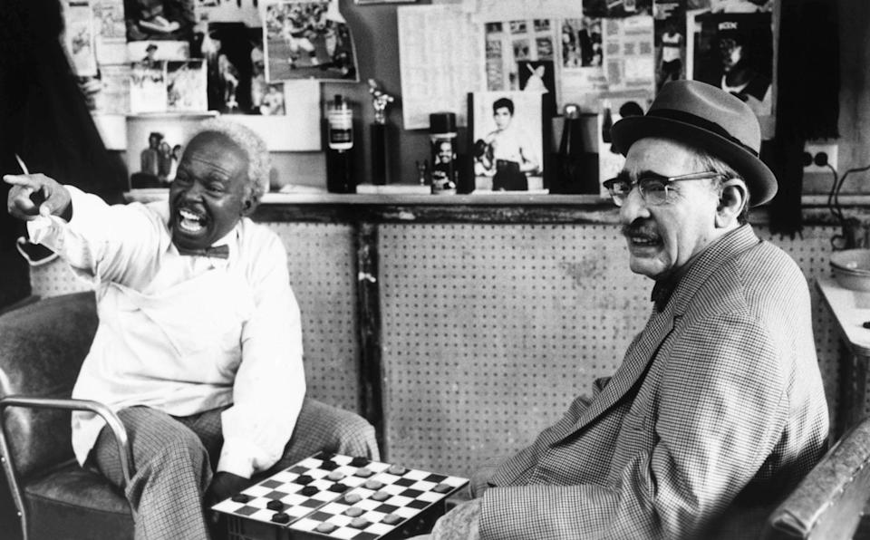Baker designed all of the characters that Eddie Murphy played in <em>Coming to America,</em> including an elderly Jewish man. (Photo: Paramount/Courtesy Everett Collection)