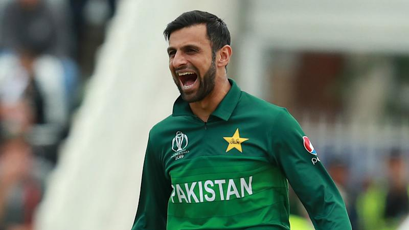 Recalled Shoaib sees Pakistan to T20 series lead