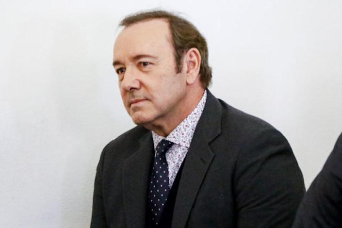 Kevin Spacey apparently performed a song-and-dance number during a bizarre deposition - Yahoo News