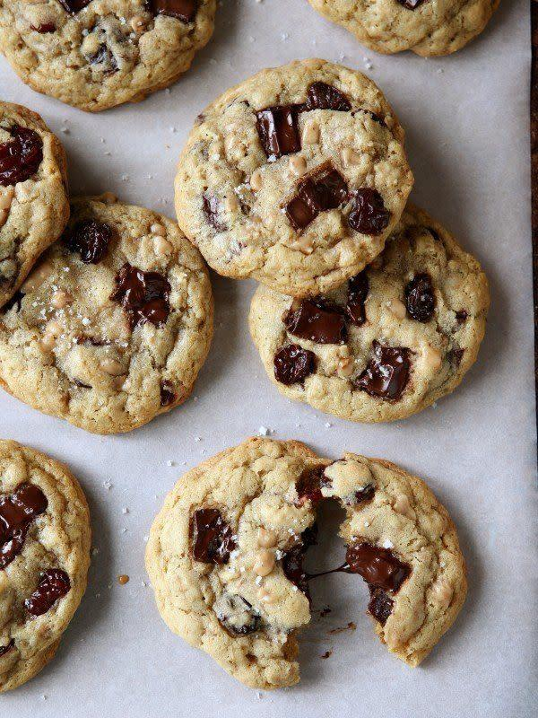 <strong>Get the <span>Chocolate Toffee Oatmeal Cookies with Dried Cherries recipe</span>from Completely Delicious</strong>