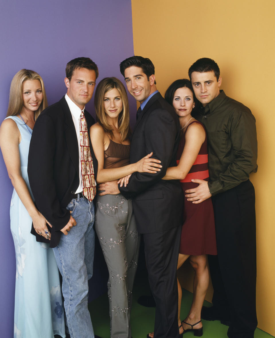 Lisa Kudrow as Phoebe Buffay, Matthew Perry as Chandler Bing, Jennifer Aniston as Rachel Green, David Schwimmer as Ross Geller, Courteney Cox as Monica Geller, Matt LeBlanc as Joey Tribbiani,  (Photo by Jon Ragel/NBCU Photo Bank/NBCUniversal via Getty Images via Getty Images)